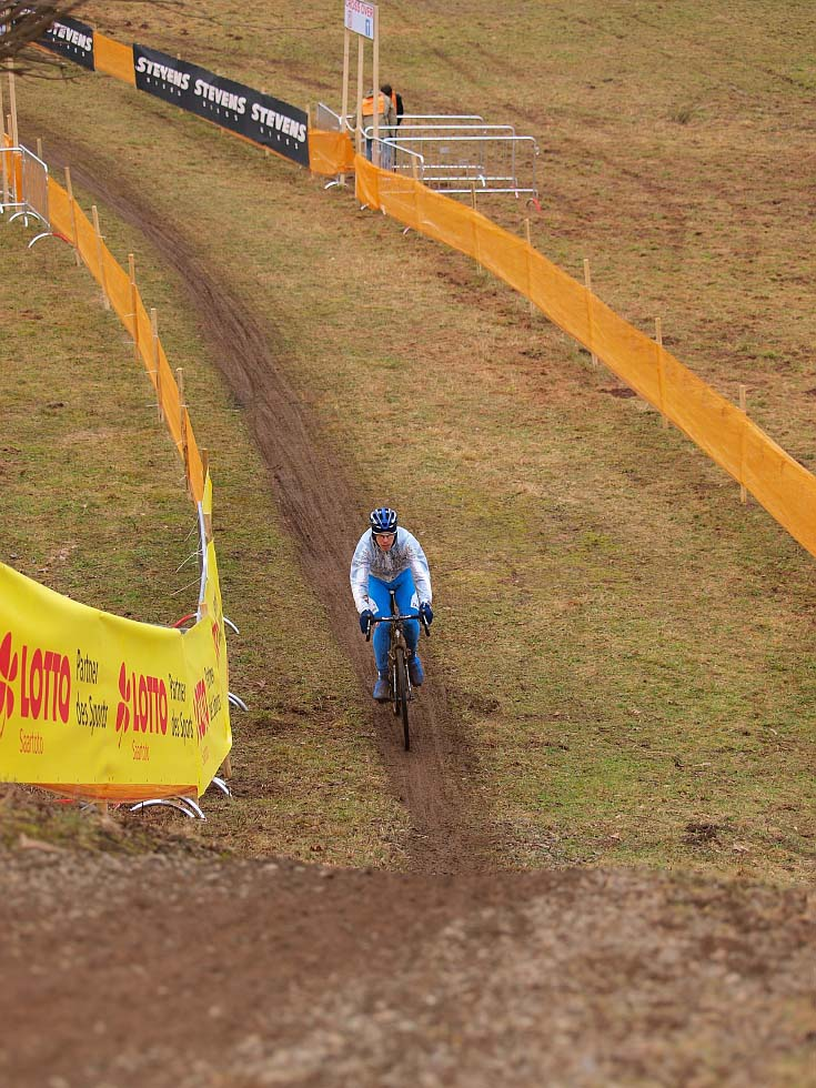 Riders will be tested by the undulating course. © Jonas Bruffaerts