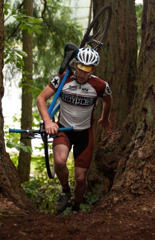 A Counterbalance Bicycles racer tackles the run-up © Karen Johanson