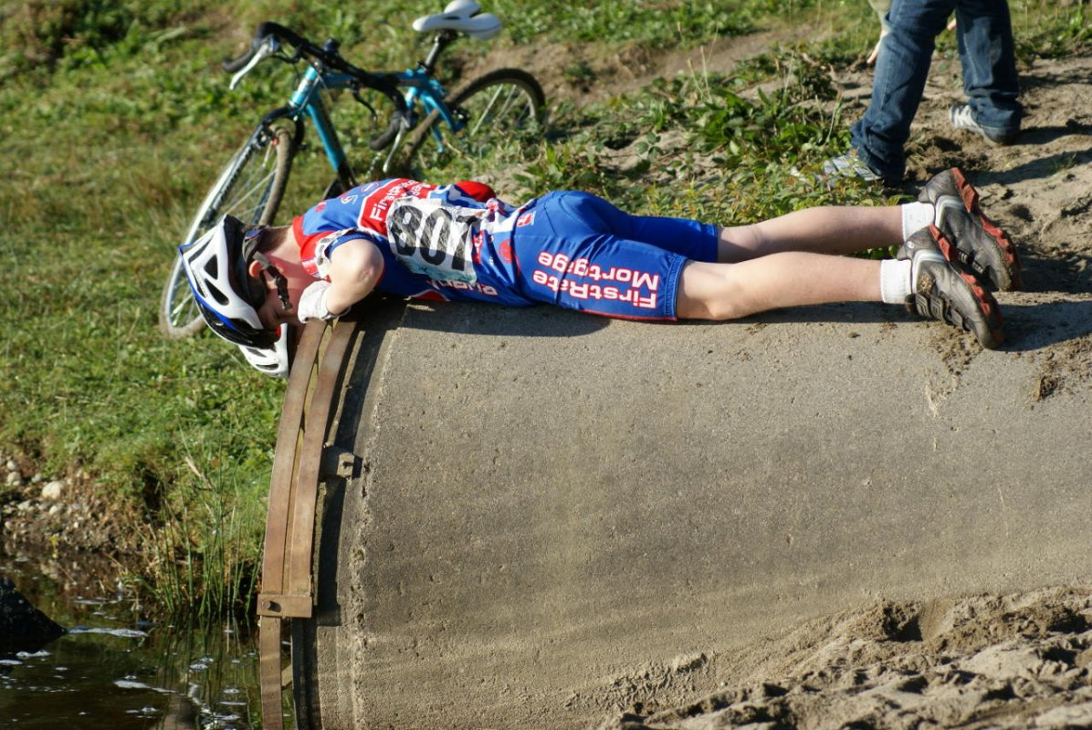 For some the action was not on the course © Kenton Berg