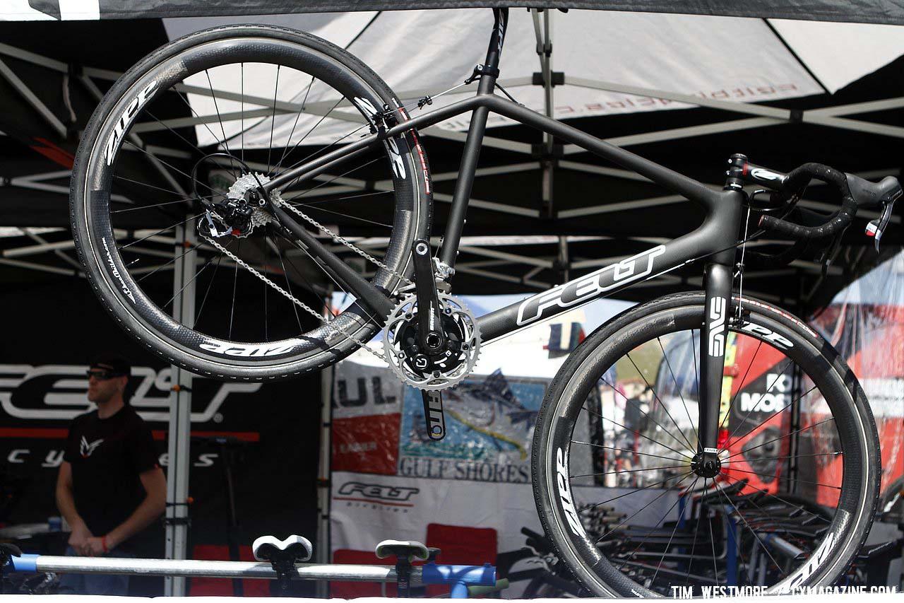 Felt F2X Di2 carbon cyclocross bike. © Tim Westmore / cxmagazine.com
