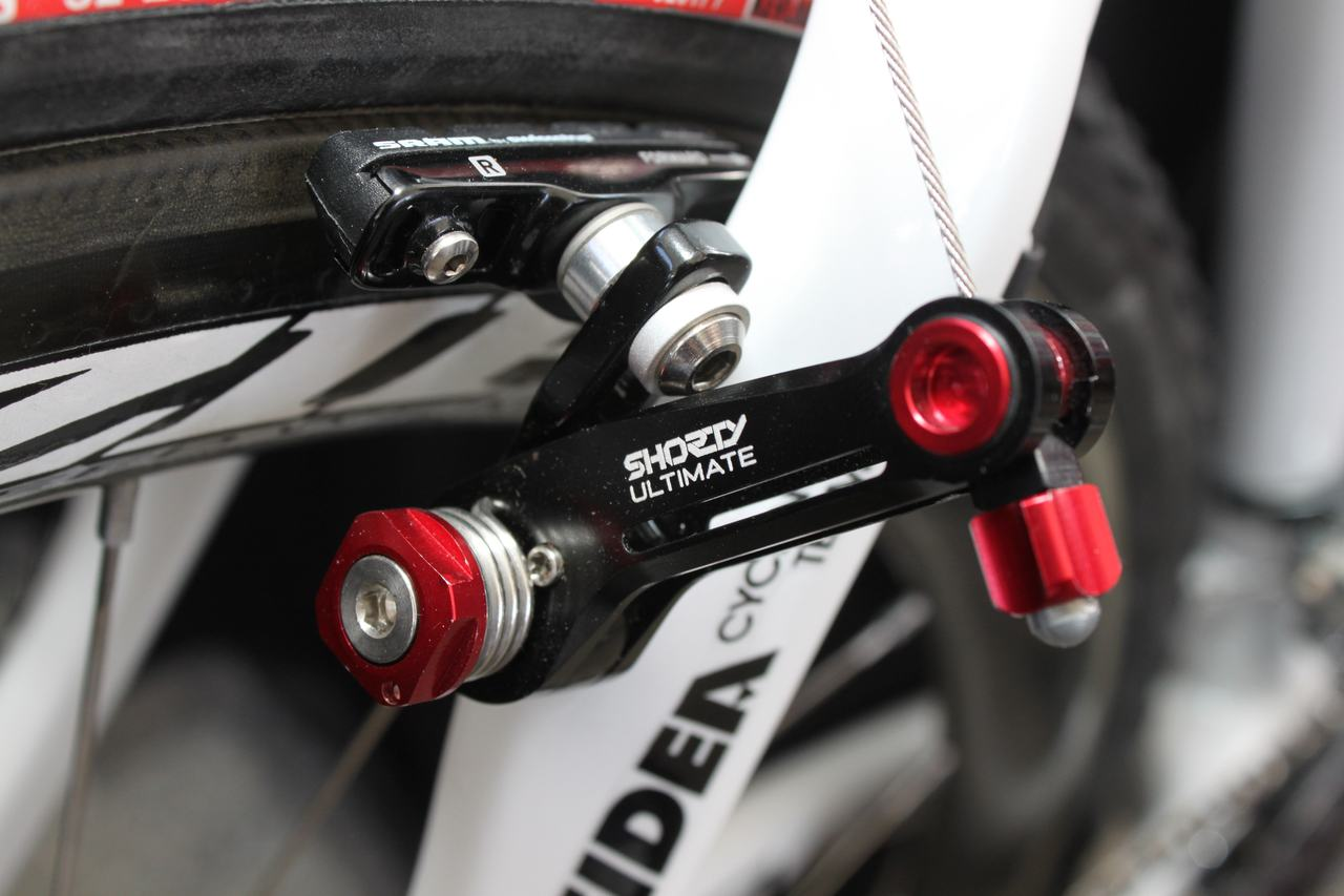 Avid's new Short Ultimates in low profile configuration on the Stybar replica ? Andrew Yee