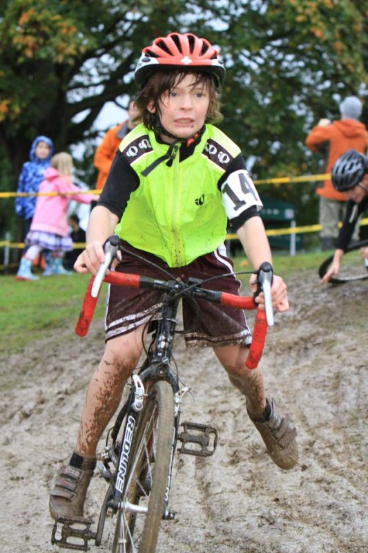 Muddy turns: fear or fun? © Janet Hill