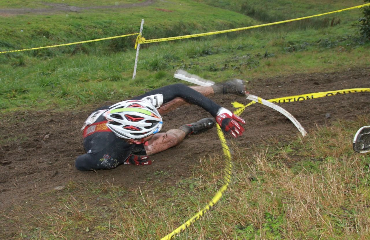 The course even claimed some older riders as victims © Janet Hill