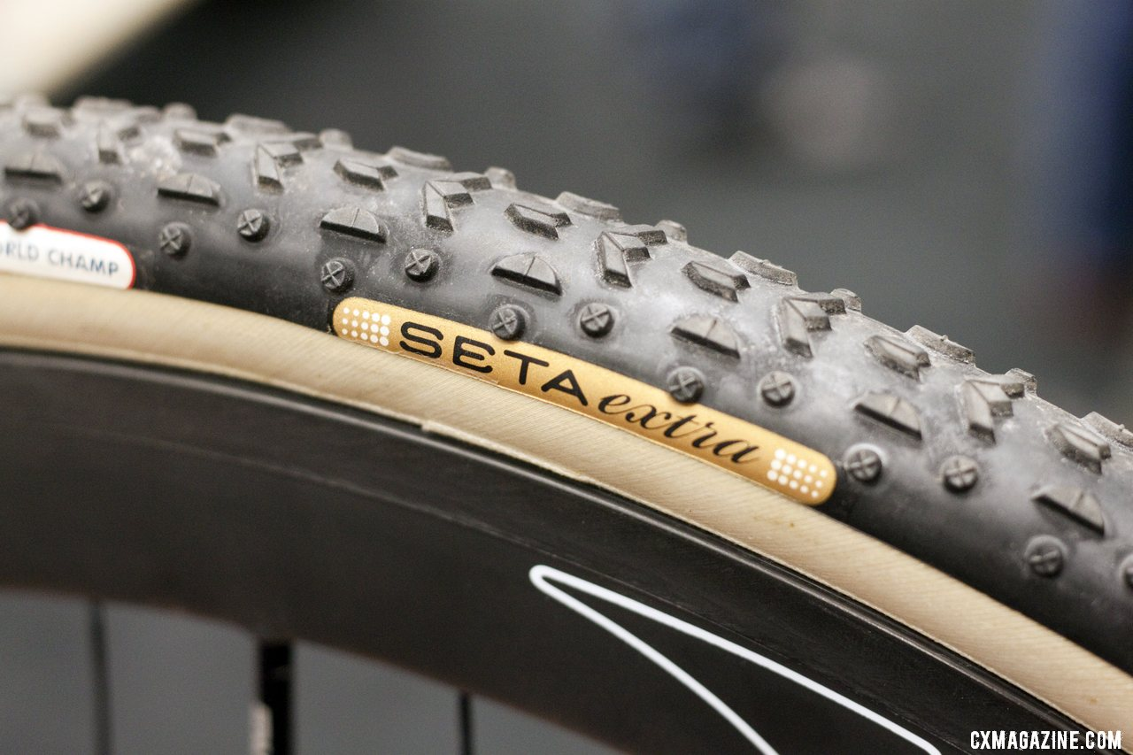 Challenge offers a little-known Seta silk-casing Grifo that is extra supple and pricey. ©Cyclocross Magazine