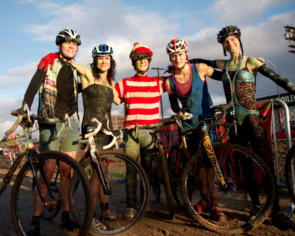 Top Five Women SSCXWC 2012, L-R: Melena, Yeager, Harlton, Dyck, Sherrill. ©  Tim Westmore