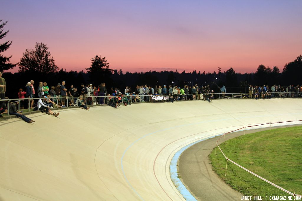 Lining the velodrome at StarCrossed © Janet Hill