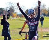 Richard Sachs' rider Dan Chabanov takes the win at Staten CX. © Ethan Glading