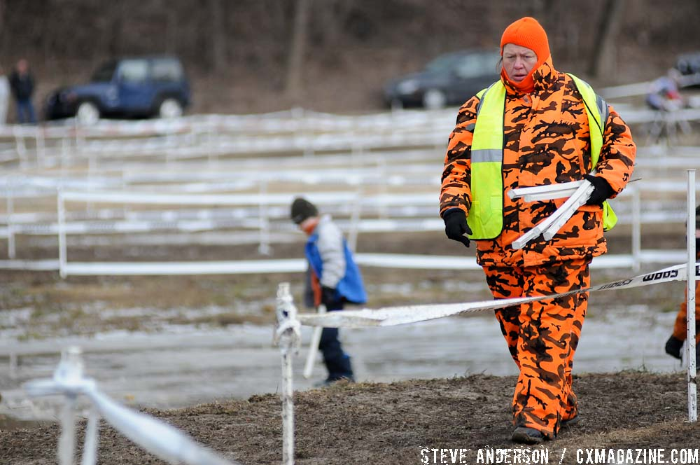 Many course marshals were kept busy repairing broken course tap and stakes. ©Steve Anderson