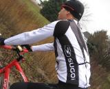 Sugoi's TI Longsleeve jersey has DEEP pockets and a nice, tall collar to keep the chill out ? Kristie Hancock