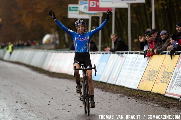 Helen WYMAN wins Gieten SuperPrestige