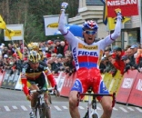 Stybar beats Nys in a sprint at Superprestige Hamme Zogge 2009 ©Dan Seaton
