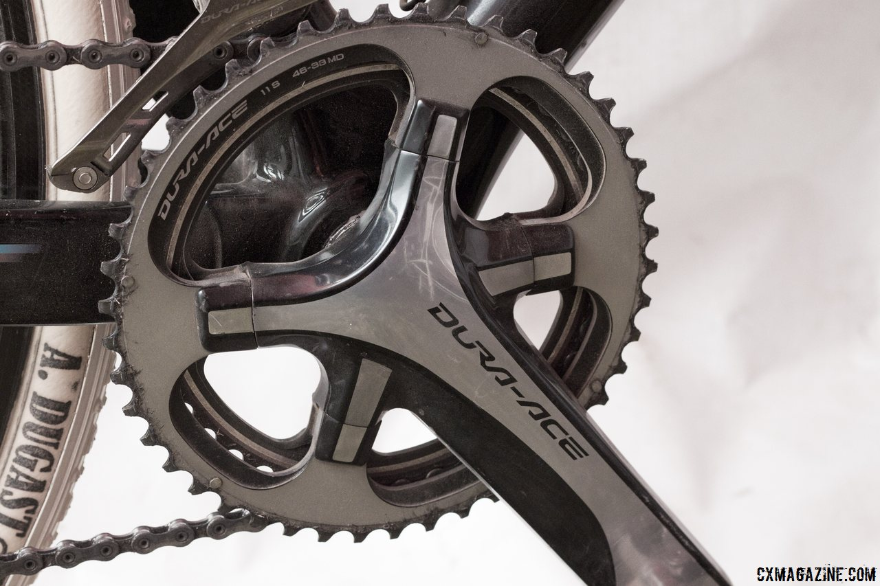 Sven Nys powers a 39-46 Dura-Ace 9000 crankset. The rings are custom but Shimano is releasing a 36/46 set this fall for Ultegra 6800. © Cyclocross Magazine