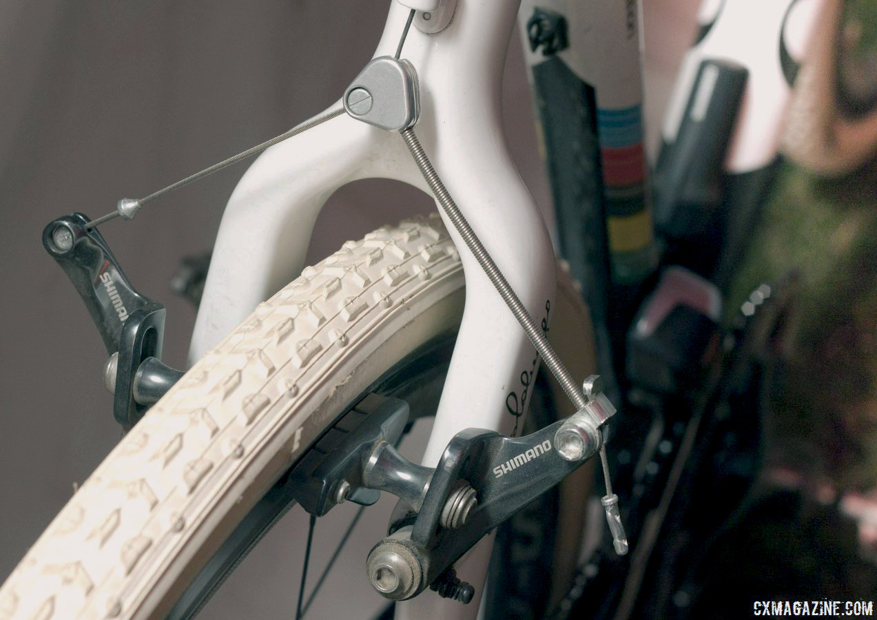 Sven Nys relies on a Shimano canti straddle cable design used since the early 90s. © Cyclocross Magazine