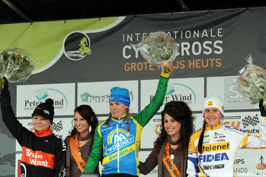 The elite women at GP Heuts in Heerlen. © Thomas Van Bracht
