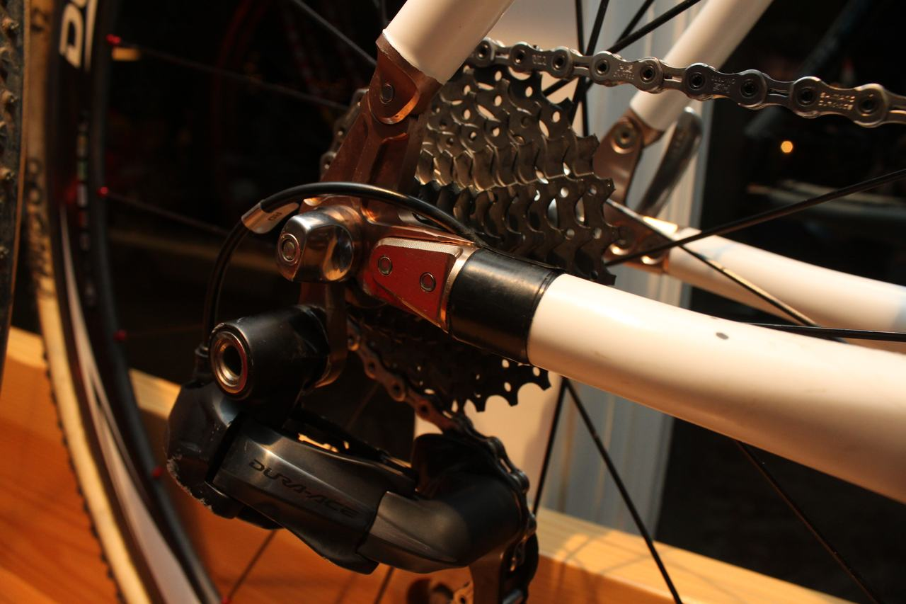 Electronic and 10-speeds - a big difference from Bowen\'s 8-speed drivetrain.