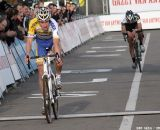 Micki van Empel wins the sprint for second from Wietse Bosmans. © Bart Hazen