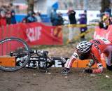 Geoff Kabush stumbles at the barriers. ? Joe Sales