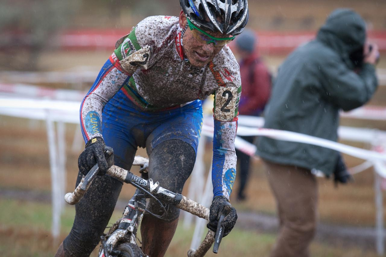Yannick Eckmann (Pearlizumi/Shimano) storms thru the mud on the way to his win. ©  Wil Matthews