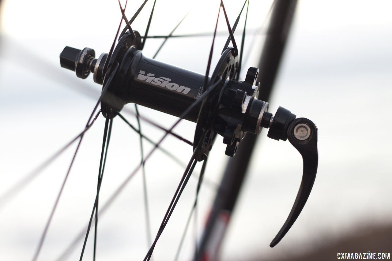 Vision Tech\'s Metron 40 disc hub on their carbon tubular wheels. © Cyclocross Magazine