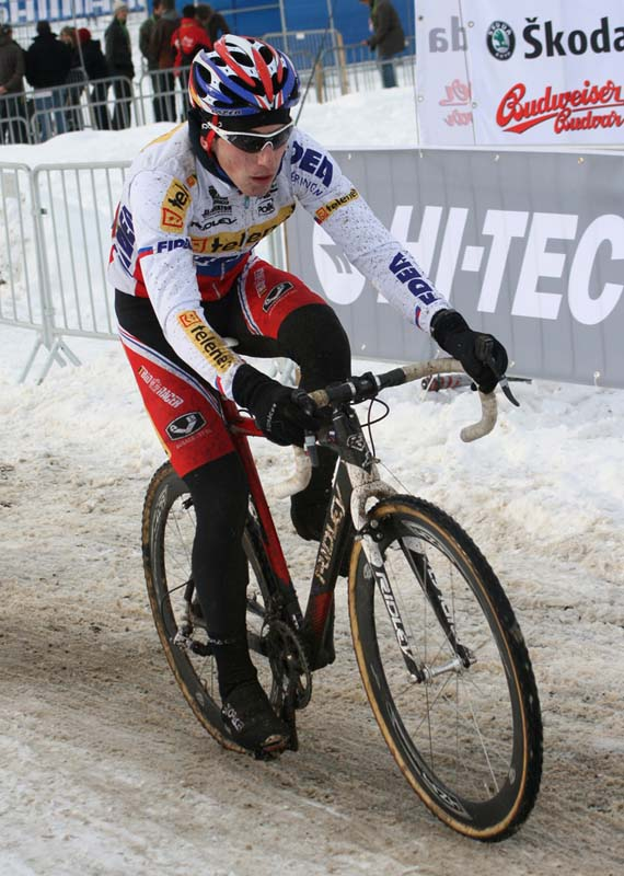 Robert Gavenda testing traction in the snow ? Bart Hazen