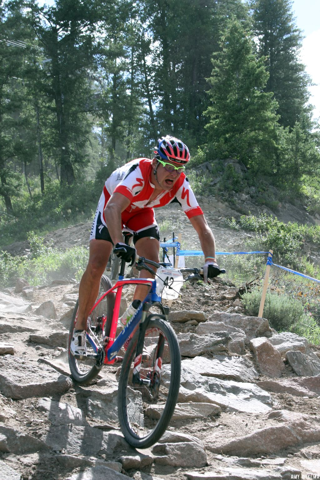 Anthony Sinyard in the rock garden. His website says he\'ll be doing pro CX this year. ©Amy Dykema