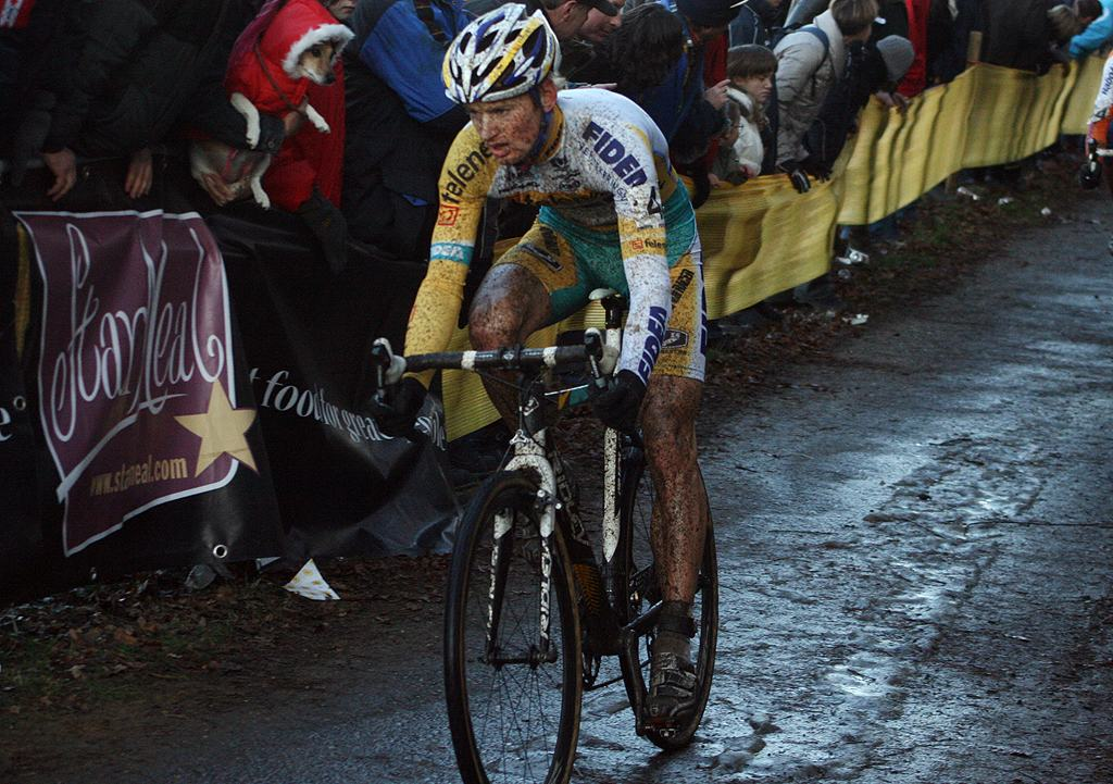 Pauwels at the front early in the race. 2009 Zolder Cyclocross World Cup. ? Bart Hazen