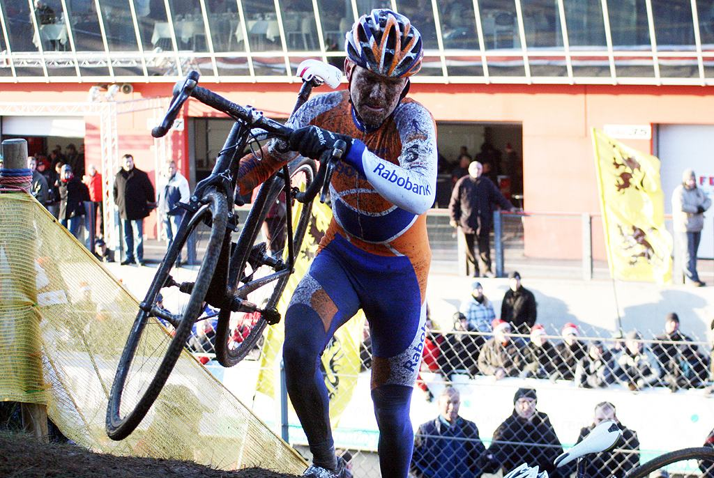 Bart Aernouts. 2009 Zolder Cyclocross World Cup. ? Bart Hazen
