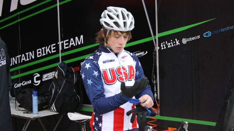 Jeff Bahnson gets ready for the start of the 2010 Tabor Cyclocross World Championships. © Dan Seaton