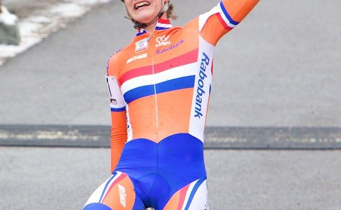 Marianne Vos wins 2010 Cyclocross National Championships in Tabor.