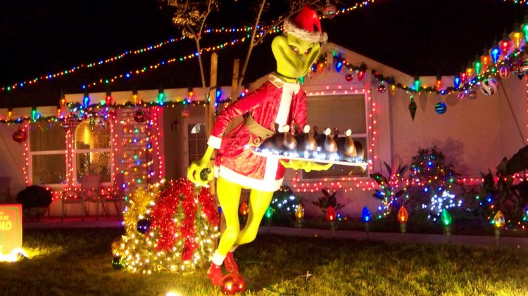 The Grinch has a prominent role in Jingle Cross 2010