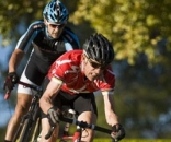 Overend is still very much in the mix © Kate Ybarra
