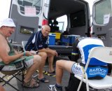 de Pauw with mechanic Wilfried Van de Keere and Cyclocrosser Ritchie Denolf