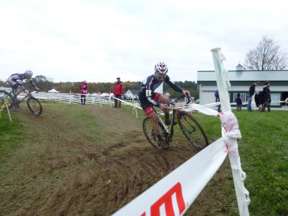 Lindine taking a corner, passing lapped riders as he rode to victory. Cyclocross Magazine