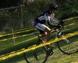 Canadian cyclocrosser Vicki Thomas powers along. © Vicki Thomas