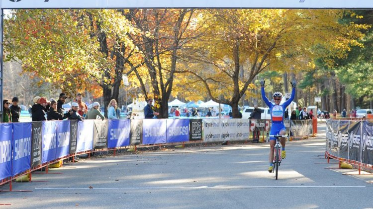 Nash coming in for the win at CSI Day One. Natalia Boltukhova | Pedal Power Photography | 2011