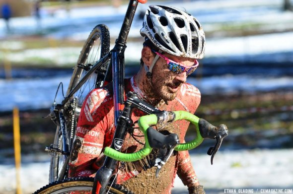 HPCX winner Lukas Winterberg runs through the mud on the off-camber section. © Ethan Glading