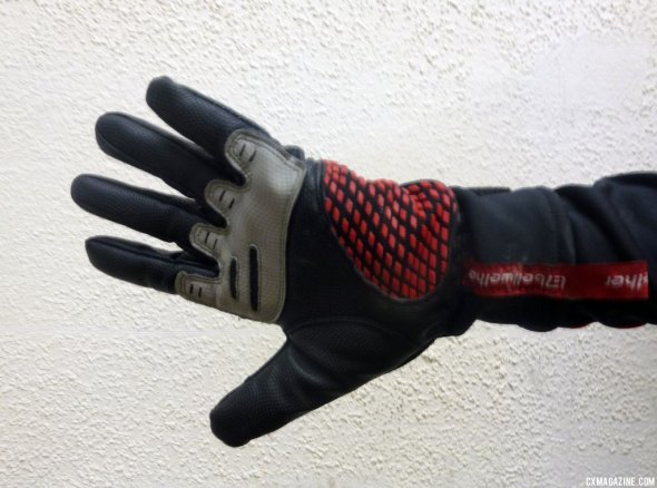 Bellwether gloves. © Cyclocross Magazine
