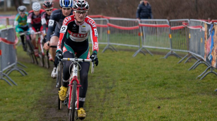 Jordan Cullen leads Sam O'Keefe in a chase group at Versluys Cyclocross in Bredene in 2011. ©tomrobertsonphoto.com