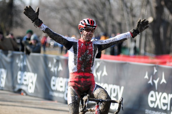 Ned Overend takes the win. ©Steve Anderson