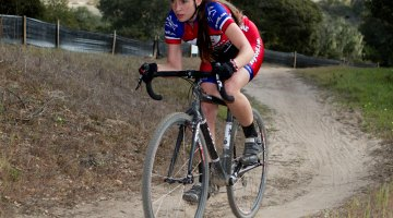 Sofia Gomez-Villafane (Ibis/Buy-cell.com) takes wins in both Junior and Elite Women. Tim Westmore