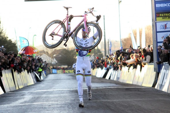 Stybar wins the 2012 Liévin World Cup in France. ©Bart Hazen