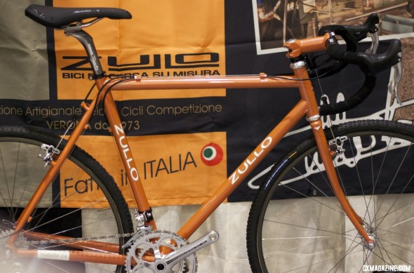 Italian framebuilder Zullo uses Campagnolo components on their cyclocross bike at NAHBS 2012. ©Cyclocross Magazine