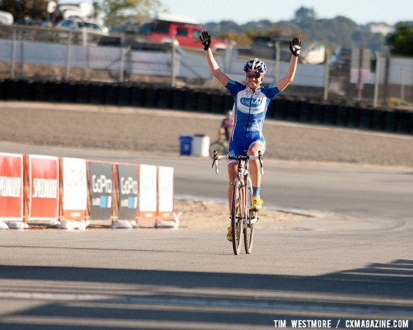 Georgia Gould (Luna) dropped her teammates Stetson Lee and Nash to win the Women's Cyclocross race at the 2012 Sea Otter Classic.