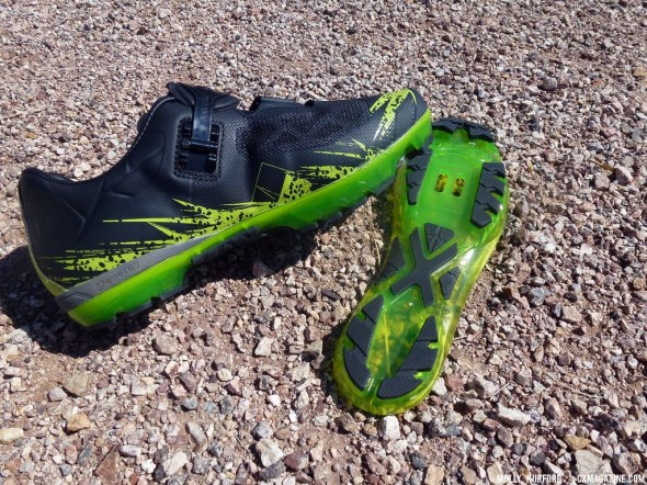 The Pearl Izumi flex-sole X-Project shoes are made for a good ride - and run. Cyclocross Magazine