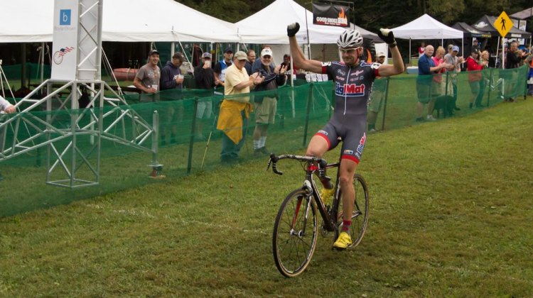 Nicolas Bazin (Bigmat Auber) did the double this weekend at the Ellison Park UCI cyclocross races in Rochester, NY. © Brian Boucheron