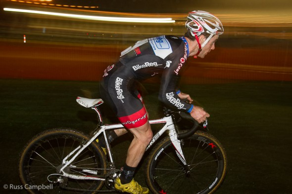 Lindine took his third win in a row at Night Weasels on Wednesday night.