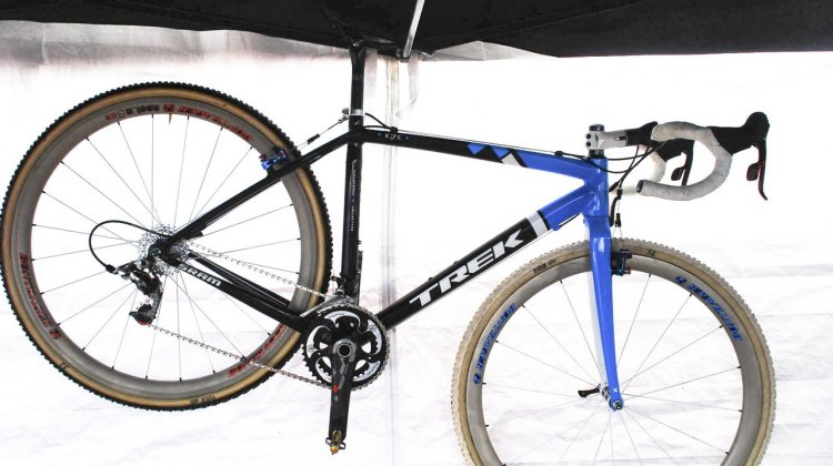 Full view of Katie Compton's National Championship winning custom Trek Ion cyclocross bike.© Cyclocross Magazine