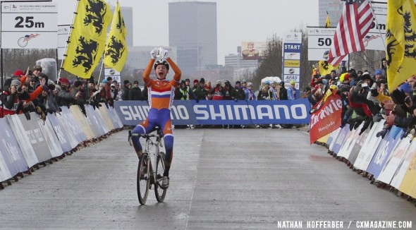 He's the number one junior. Mathieu van der Poel of The Netherlands holds up his #1 bib number. © Nathan Hofferber