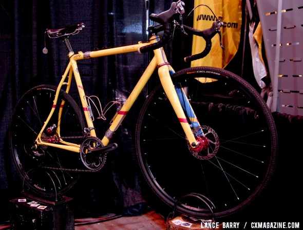Six Eleven's 2013 NAHBS S&S Coupled cyclocross bike for Jon Woodroof. © Lance Barry / Cyclocross Magazine
