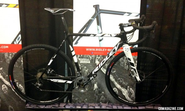 The new, lighter, lower and plusher 2014 Ridley XNight, now available with disc brakes.